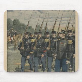 Tropas de la élite del ejército francés mouse pads