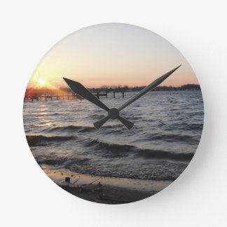 Tropical Breeze Round Clock