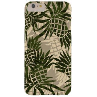 Tropical hawaiano de Camo de la piña Funda De iPhone 6 Plus Barely There