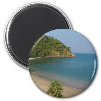 tropical island magnet
