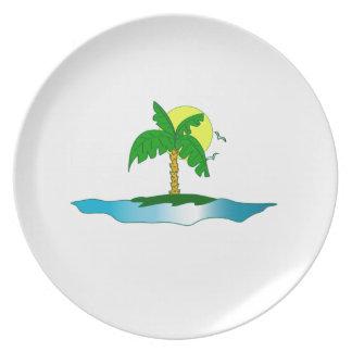 Tropical island palmtree paradise plate