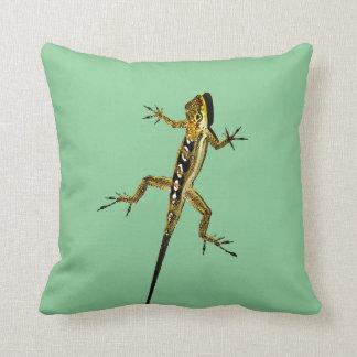 Tropical lizard throw pillow