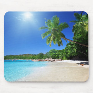 Tropical palmtrees paradise beach mouse pad