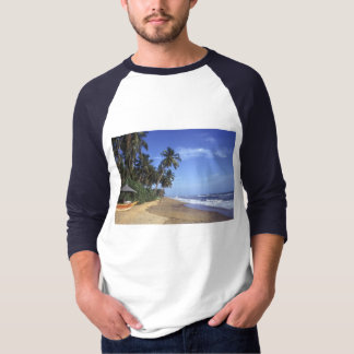 Tropical Paradise Beach Scene Men's T-shirts