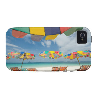 Tropical sand beach and turquoise sea. 2 Case-Mate iPhone 4 cases
