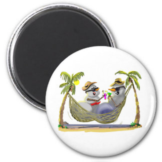 tRoPiCaL sNoWcOuPLe 2 Inch Round Magnet