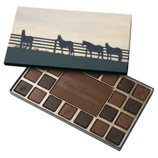 Trotting Horse Holiday Christmas 45 Piece Box Of Chocolates