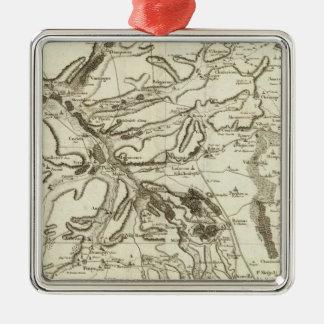 Troyes Metal Ornament