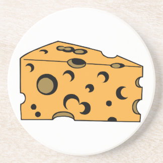 Trozo del queso suizo posavaso para bebida