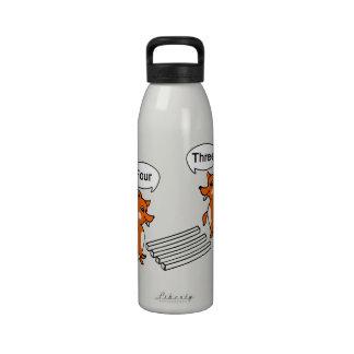 Truco de la ilusión óptica botella de agua reutilizable