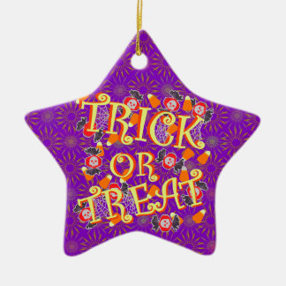 Truco o invitación con el caramelo de Halloween Adornos De Navidad