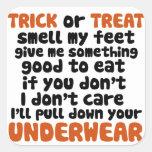 Truco o invitación Halloween divertido Calcomania Cuadrada Personalizada
