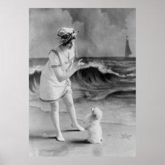Trucos del mascota de la playa, los años 10 póster