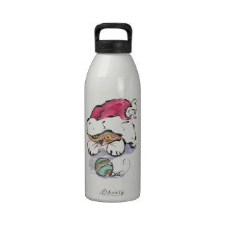 Trudy está ocultando en el gorra de Santa Botellas De Agua Reutilizables