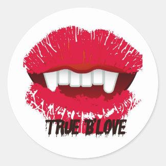 TRUE B'LOVE VAMP LIPS PRINT CLASSIC ROUND STICKER
