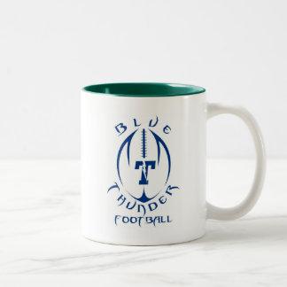 Trueno azul del fútbol de la juventud del optimist taza