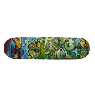 tRUESKOOL GRAPHITTI LOGO Skateboard