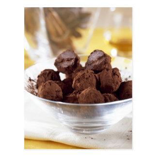 Trufas con el chocolate negro del 70% para el uso  tarjetas postales