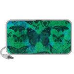 Trullo bonito y mariposas verdes altavoz de viaje