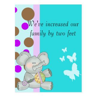 Trullo Brown del elefante del bebé y púrpura Postal