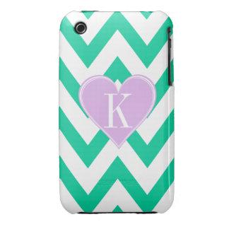 Trullo Chevron con el monograma de Purple Heart iPhone 3 Case-Mate Cárcasas