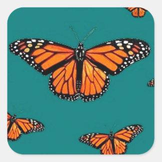 Trullo de la migración de las mariposas de monarca calcomanías cuadradass personalizadas
