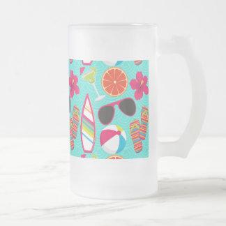 Trullo de la pelota de playa de las gafas de sol taza de cristal