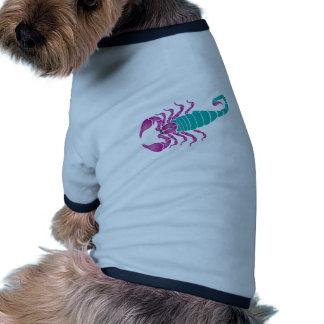 Trullo de la púrpura de la imagen del escorpión camiseta con mangas para perro