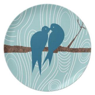 Trullo de madera del grano que besa los pájaros platos para fiestas