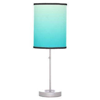 Trullo de moda de la aguamarina a la pendiente lámpara de mesa