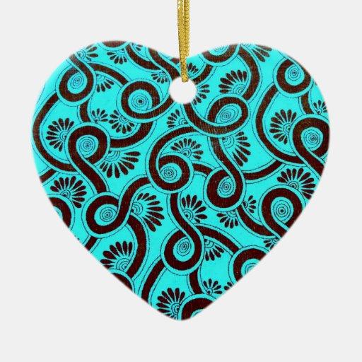 Trullo del vintage y diseño floral de los adorno de cerámica en forma de corazón