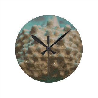 trullo esquelético y black.jpg de las estrellas de reloj redondo mediano