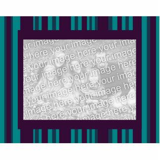 trullo oscuro y marco rayado púrpura de la foto fotoescultura vertical