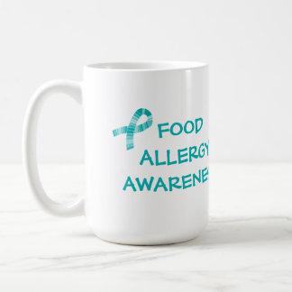 Trullo y blanco de la alergia alimentaria de la taza clásica