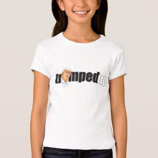 Trumped encima de la camiseta para los chicas