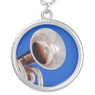 Trumpet Round Necklace