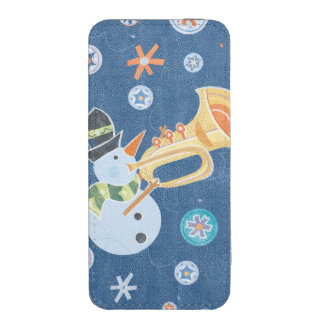 Trumpet Snowman Making Christmas Holiday Music iPhone SE/5/5s/5c Pouch