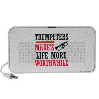 Trumpete design travelling speaker