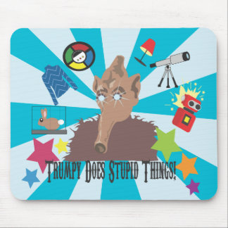 Trumpy Does Stupid Things! Mousepad