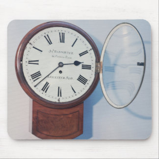 Trunk dial clock, London, 1850 Mousepad