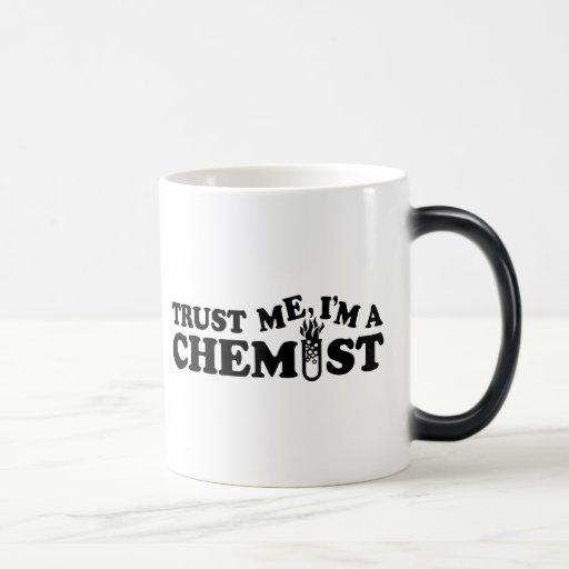 Trust Me I'm a Chemist 11 Oz Magic Heat Color-Changing Coffee Mug