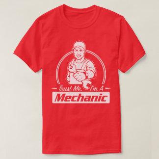 Trust Me I'm A Mechanic Qualified Humour Work Tee