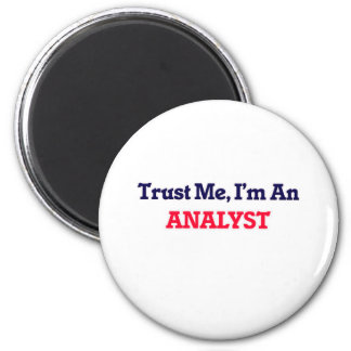 Trust me, I'm an Analyst Magnet