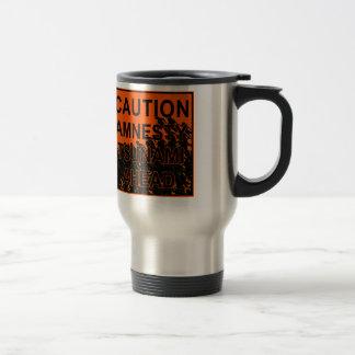 Tsunami de la amnistía de la precaución a continua tazas de café
