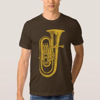 Tuba de cobre amarillo remera