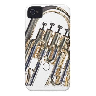 Tuba en el fondo blanco Case-Mate iPhone 4 carcasa