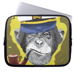 Tubo que fuma del chimpancé manga computadora