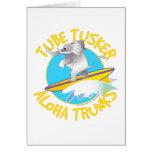 Tubo Tusker de los troncos de la hawaiana Felicitación