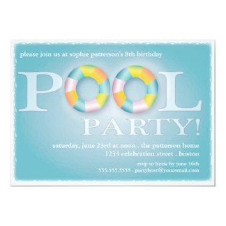 """Tubos flotantes de una fiesta en la piscina del invitación 5"""" x 7"""""""