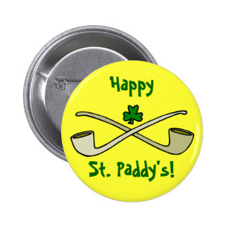 Tubos y el botón de St Patrick del trébol Pin